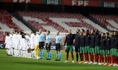 Le Portugal et la France durant l'hymne national