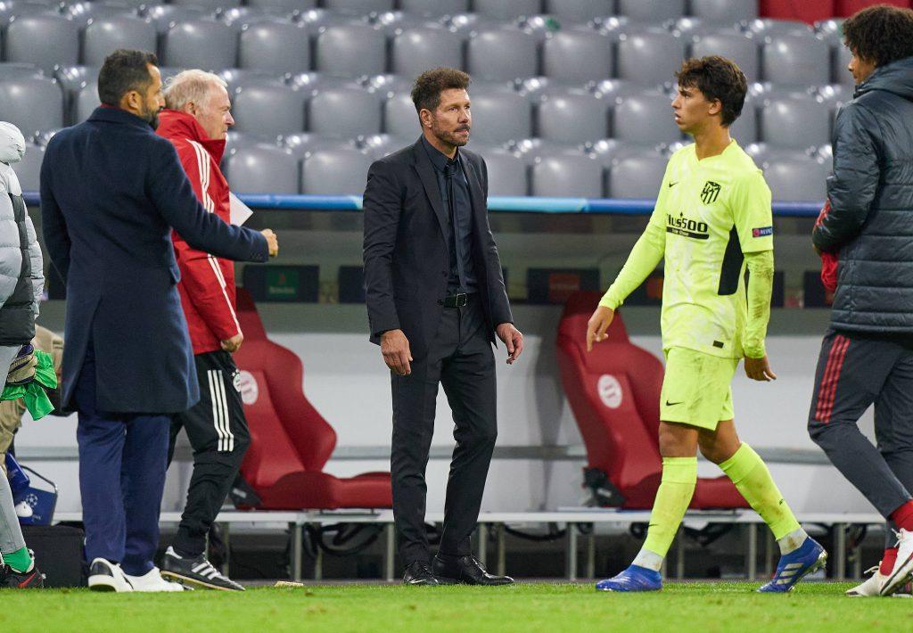 João Félix et Diego Simeone, lors de la défaite face au Bayern (4-0).