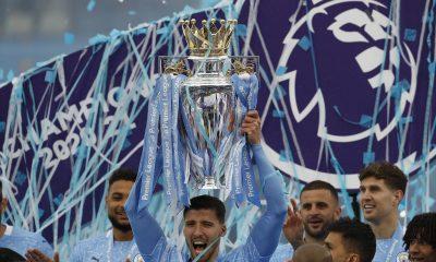 Ruben Dias remporte le prix fFWA du meilleur joueur de Premier League
