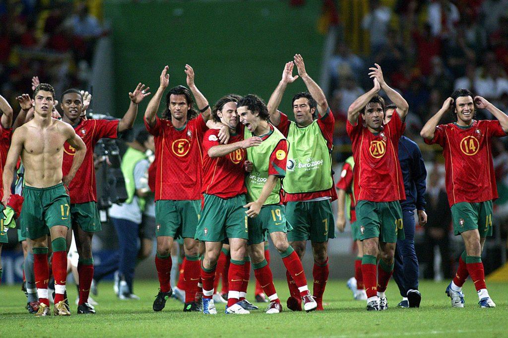 Le Portugal célèbre sa qualification en quart de finale face à l'Espagne