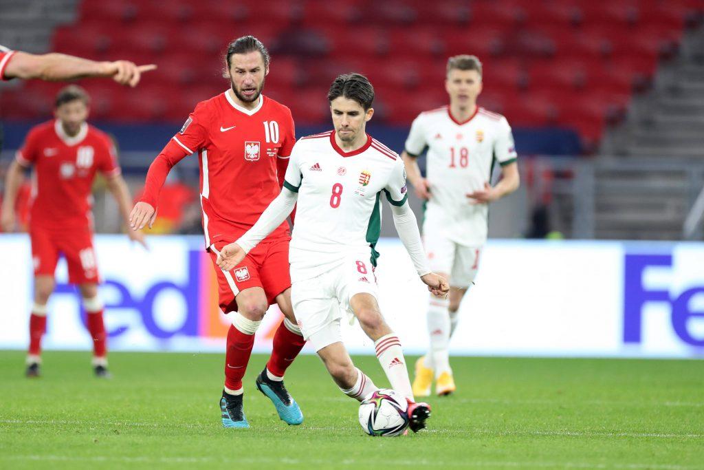 Adam Nagy de la Hongrie face à la Pologne