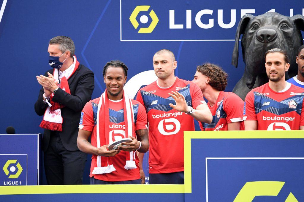 Renato Sanches lors de la remise du trophée de Champion de France de Ligue 1 UBER EATS à Lille